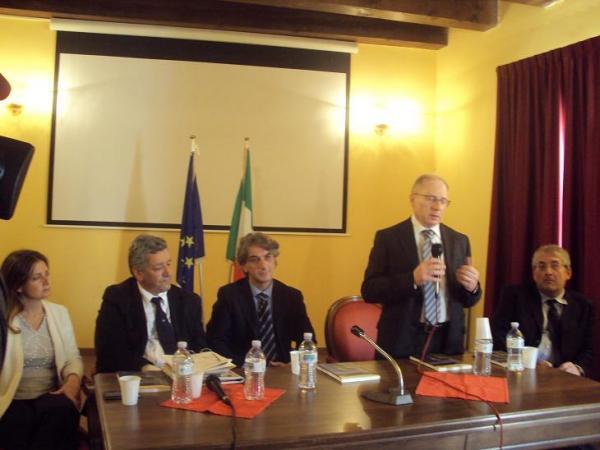 Foto Convegno Caserma Cetraro (5)