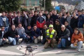 Alternanza Scuola-Lavoro con il drone al Geometra di Diamante