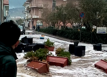 Mareggiata a Cetraro Marina: VIDEO